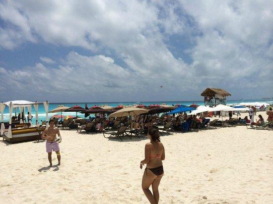 Aloft Cancun : Mandalay Beach Club - Free for Aloft