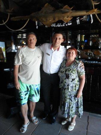 Taba Hotel & Nelson Village: Ахмед - наш лучший бармен и друг