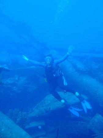 N2theBlue Scuba Diving: Armageddon