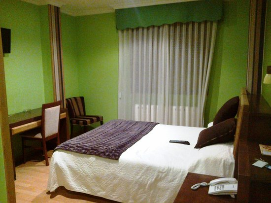 Hotel Galatea: Dormitorio