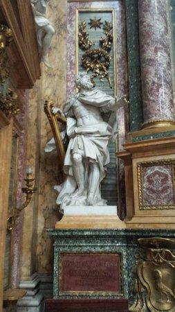 Basilica dei SS. Ambrogio e Carlo al Corso: David re d'Israele scolpito da J.A.Lebrun nel transetto destro