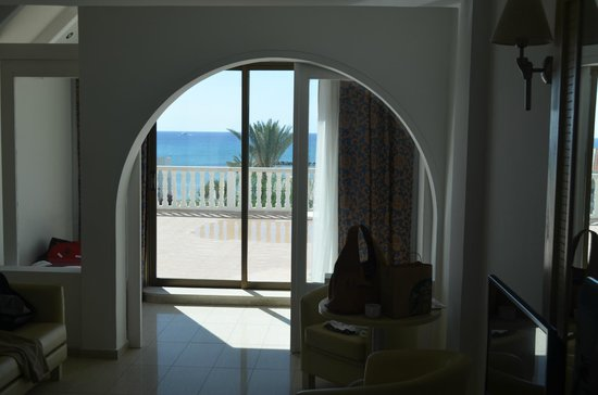 Princess Beach Hotel: room facing beach