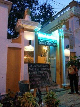 Hotel Du Parc: Entrance