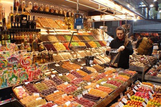 Mercado de Sant Josep de la Boqueria: Coloridos e doces em La Boqueria
