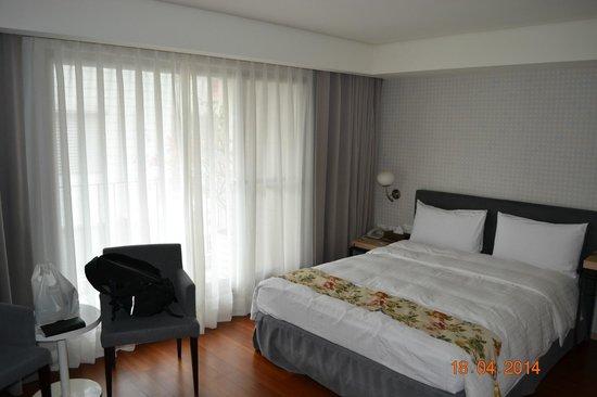 Beauty Inn: Room