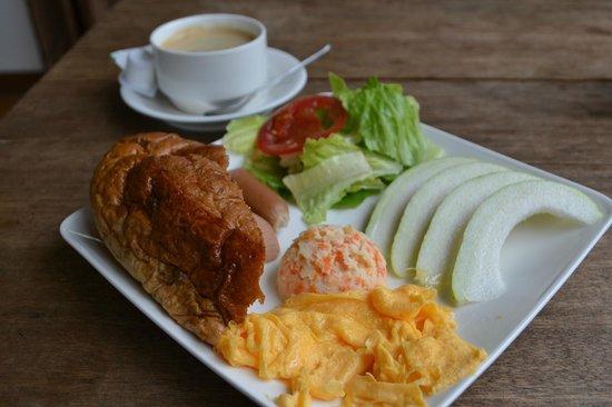 Full Sun House: Yummy breakfast