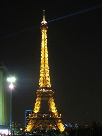 Tour Eiffel : Eiffel Tower at night