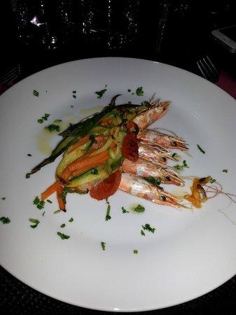 Hemingway Cocktail Restaurant : Entrée