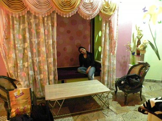 Kinza Hotel: room