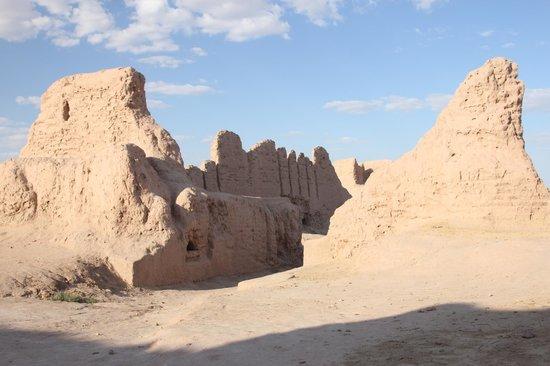 Afrasiab : Для сравнения: городище Аяз-Кала в Хорезмской области