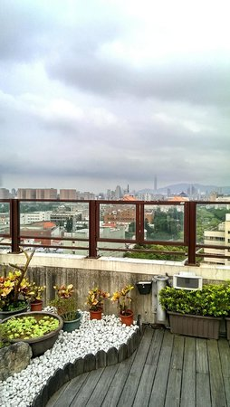 Taipei Garden Hotel: View from spa area