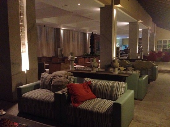 Gran Hotel Stella Maris Resort: Lobby... The only place the wifi works