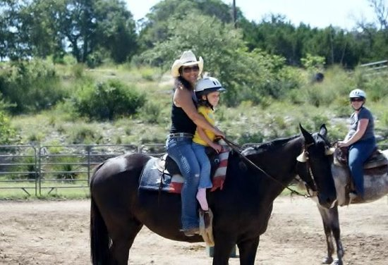 The Sugar & Spice Ranch : Miss Leigh giving a ride on Rock Star!