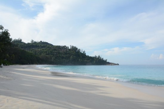 Banyan Tree Seychelles: The Empty Beach