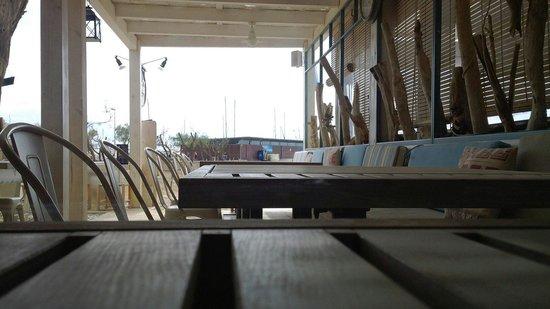 Tramonti: Terrace