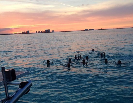 Sunset Marina Resort & Yacht Club: Atardecer