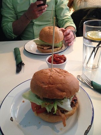 Bobo's Gourmet Burgers: The Colm Burger