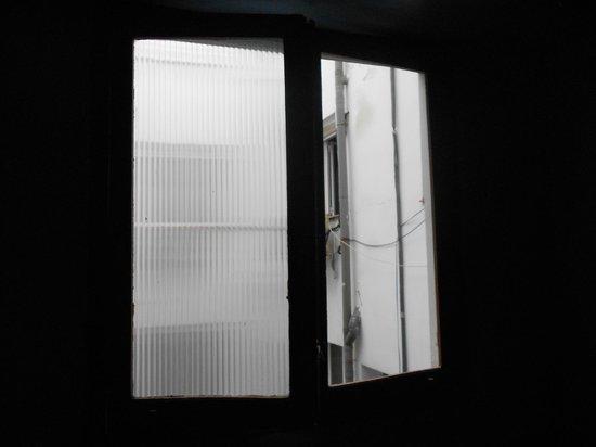 Hostal Oxum : Couloir sans fenêtre ni lumière