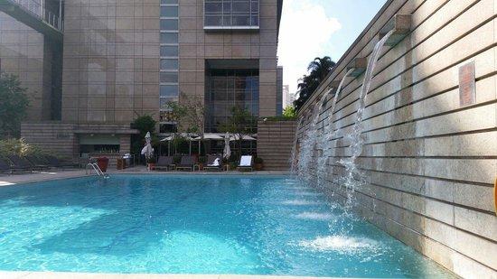 Grand Hyatt Sao Paulo: Piscina