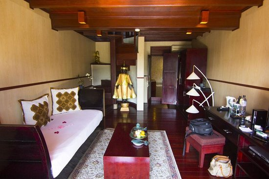 Kupu Kupu Barong Villas and Tree Spa: The Living room
