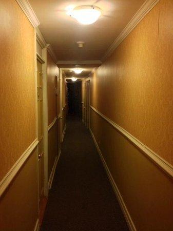 Hotel Jardin Ste-Anne: Petit corridor