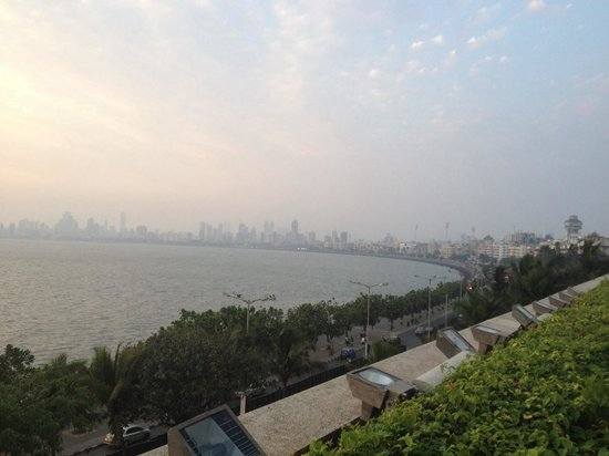 Trident, Nariman Point: Over looking over the bay