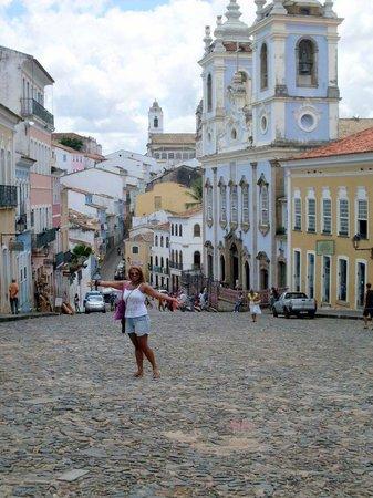 Hospeda Salvador : Pelourinho/ Salvador, lugar histórico e poético.