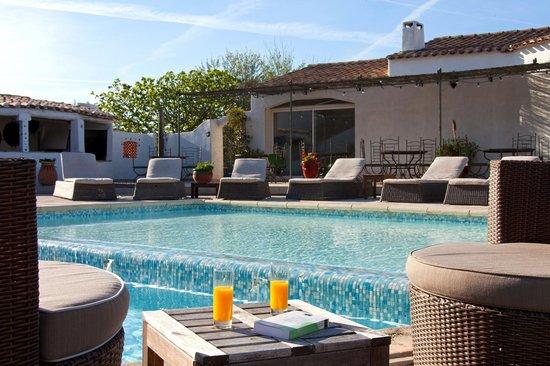Hotel La Tramontane - La Piscine
