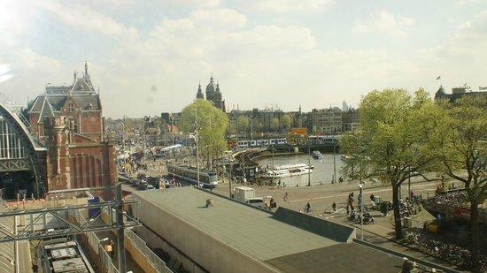 Ibis Amsterdam Centre : Vista do corredor do hotel