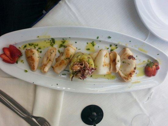 Da Lele: Antipasto calamari e patate