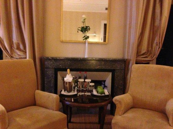 "Hotel des Trois Couronnes: ""Welcome kit"""