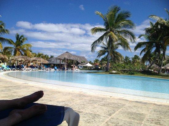 Hotel Playa Pesquero Resort, Suite & SPA: Pool area