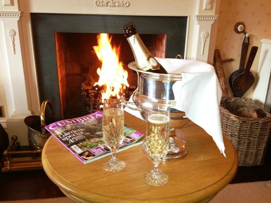 Hazel Bank Guest House: Lounge Area