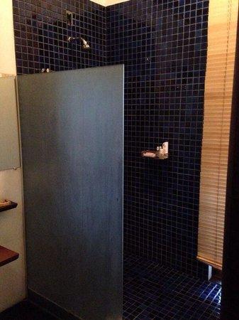 Pousada Bambu Dourado: Banheiro! Excelente.
