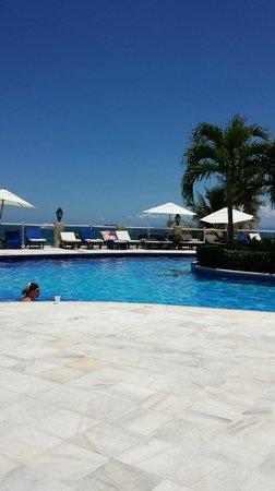 Grand Bahia Principe Cayacoa : Pool View overlooking beach