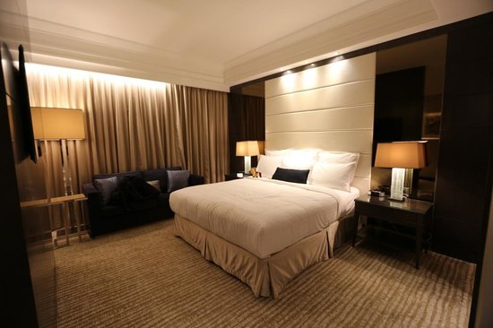 Singapore Marriott Tang Plaza Hotel: Room 1608