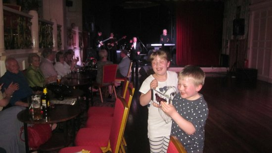 The Grand Hotel - Llandudno : Grandkids enjoying the music