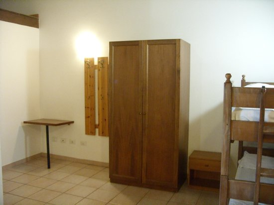 Hostel Marina : camera a sei letti