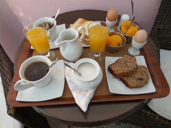 Nectarios Villa: Breakfast day one