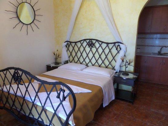 Nectarios Villa: Our room