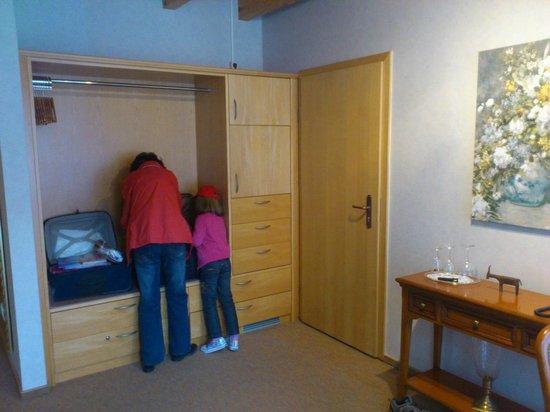 Halbersbacher. Hotel Annaberg: Storage - suite 30
