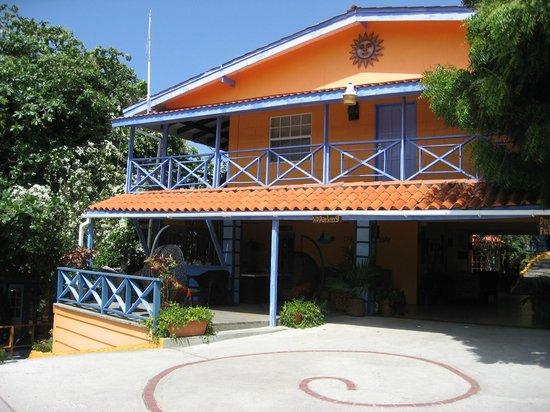 True Blue Bay Boutique Resort : Reception