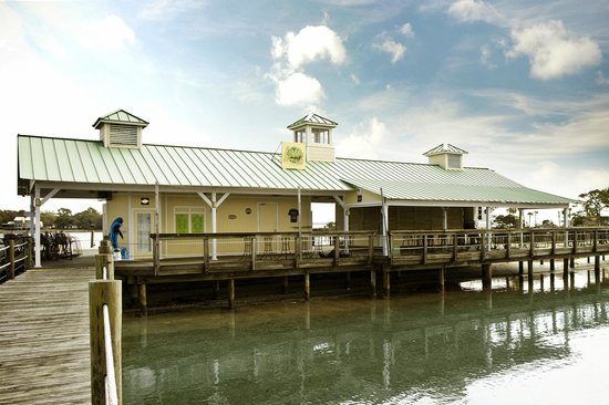 Lime's Dockside Bar & Grill - Wyndham Bay Point Resort