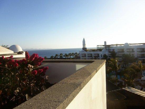 Princesa Yaiza Suite Hotel Resort: Sea view from terrace