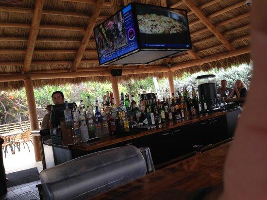 Hilton Cocoa Beach Oceanfront: Tiki Bar
