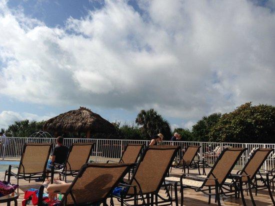 Hilton Cocoa Beach Oceanfront: Deck