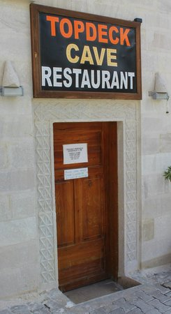 Topdeck Cave Restaurant : ingresso