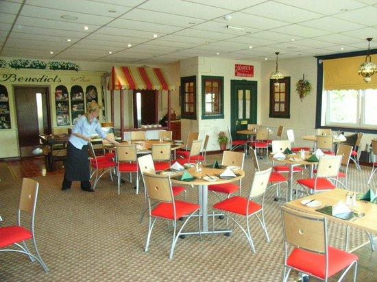 Lodge At Leeming Bar: Dining Room