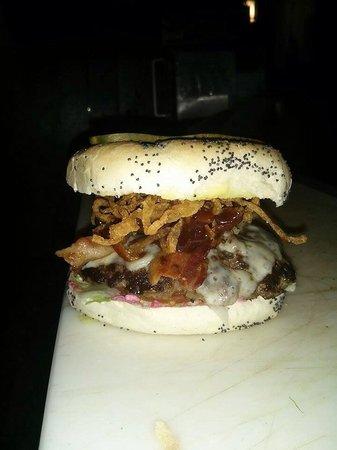 Relish Gourmet Burgers: reLiSHious Big Texas !