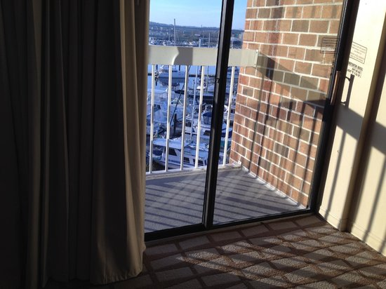 DoubleTree by Hilton Hotel New Bern Riverfront: Our unusable balcony